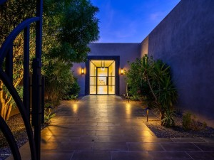 8002 N 47th Street Paradise Valley, Az 85253