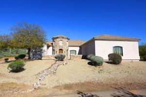 918 E Steinbeck Drive Desert Hills, Az 85086