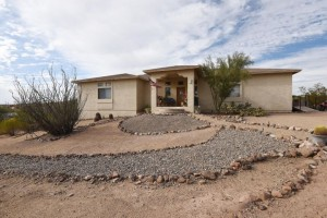 48016 N Coyote Pass Road New River, Az 85087