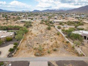 9xx E Desert Hills Estate Drive Lot 18 Phoenix, Az 85086