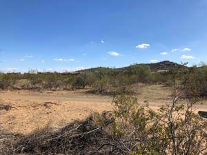 9xx E Carefree Highway Phoenix, Az 85085