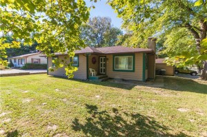 1172 South Runyon Road Greenwood, In 46143