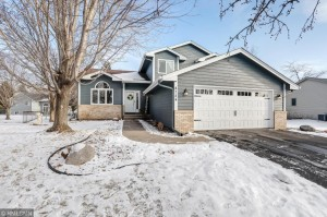 4724 Oxborough Court Brooklyn Park, Mn 55443