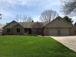 259 Lake Drive Greenwood, In 46142