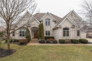 4717 Hickory Wood Row Greenwood, In 46143