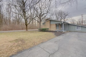 9104 Warwick Road Indianapolis, In 46240