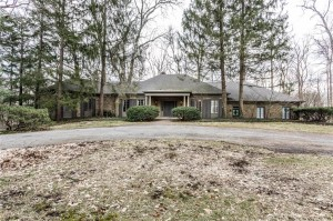 9065 Pickwick Drive Indianapolis, In 46260