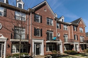 11915 Riley Drive Unit 3 Zionsville, In 46077