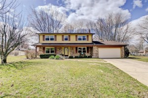 914 Sidewinder Court Greenwood, In 46142