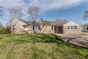 1462 West Smith Valley Road Greenwood, In 46142