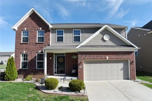 1202 Old Vines Trail Greenwood, In 46143