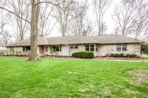 19 Highland Manor Court N Indianapolis, In 46228
