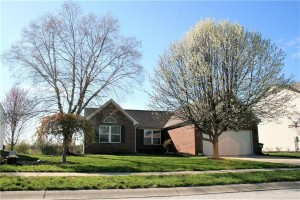302 Pennswood Road Greenwood, In 46142