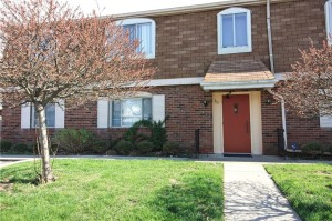 311 Elmead Court Unit 1014 Greenwood, In 46142