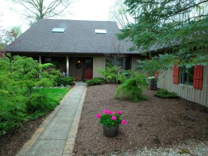 90 Highland Manor Court S Indianapolis, In 46228