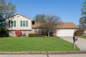 470 Waterford Drive Zionsville, In 46077