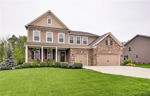 3317 Streamside Drive Greenwood, In 46143