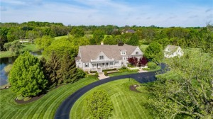 7256 Hunt Club Drive Zionsville, In 46077