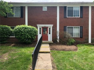 927 Hoover Village Drive Unit B Indianapolis, In 46260