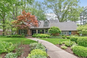 3715 Briarwood Drive Indianapolis, In 46240