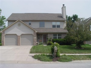 1236 Easton Point Drive Greenwood, In 46142