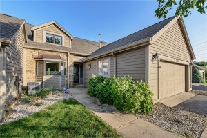 8449 Sand Point Way Indianapolis, In 46240