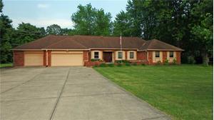 387 Leisure Lane Greenwood, In 46142