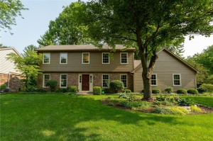 2210 Brewster Road Indianapolis, In 46260