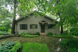 7545 Edgewater Drive Indianapolis, In 46240