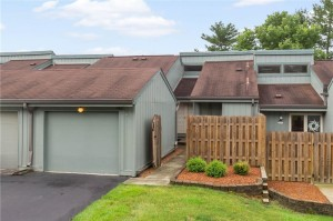 5103 Fairway Drive Unit 2 Avon, In 46123