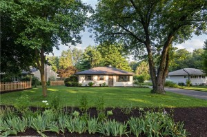 2122 Randall Road Indianapolis, In 46240