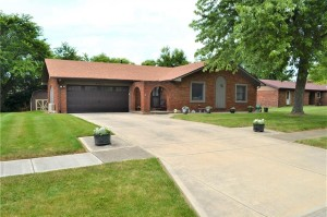 1082 Waterford Drive Greenwood, In 46142