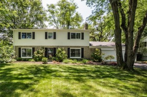 1103 Fairway Drive Indianapolis, In 46260