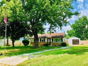 1822 Randall Court Indianapolis, In 46240
