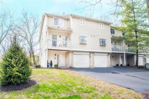 1101 Island Woods Drive Unit Unit 65 Indianapolis, In 46220
