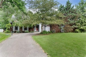 1108 Indian Pipe Lane Zionsville, In 46077