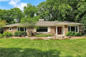 7990 Windcombe Boulevard Indianapolis, In 46240