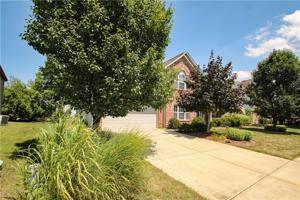 864 Heatherwood Drive Greenwood, In 46143