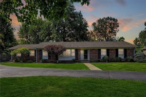 647 Spring Mill Lane Indianapolis, In 46260