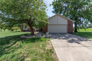 431 Maria Drive Greenwood, In 46143