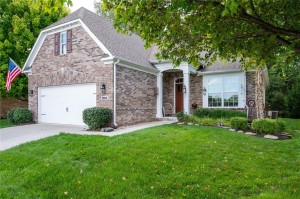 8910 Crystal Lake Drive Indianapolis, In 46240