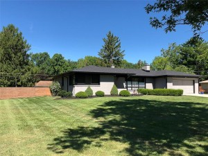5272 Lancelot Drive Indianapolis, In 46228