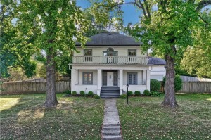 4208 Rookwood Avenue Indianapolis, In 46208
