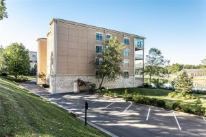 6730 Spirit Lake Drive Unit 402 Indianapolis, In 46220