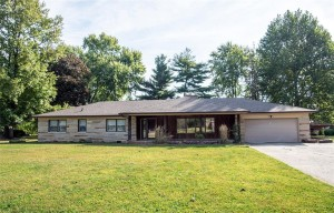 5425 Woodside Drive Indianapolis, In 46228