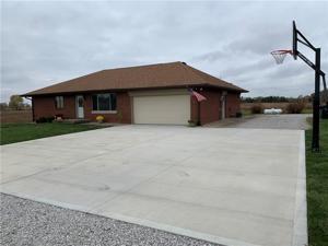 402 South County Road 400 E Avon, In 46123