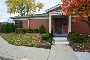7426 Lions Head Drive Unit 17 Indianapolis, In 46260