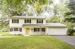 7404 Mikesell Drive Indianapolis, In 46260