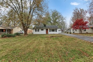 2015 Ruth Drive Indianapolis, In 46240