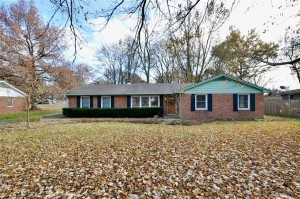 1039 Oakwood Trail Indianapolis, In 46260